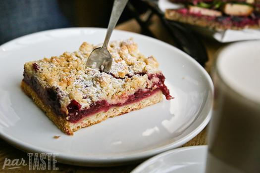 zeit_fur_brot_berlin_germany_Kirschkuchen_cherry_cake