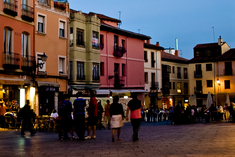 Leon's Barrio Húmedo