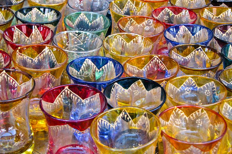 colorful_moroccan_tea_glasses